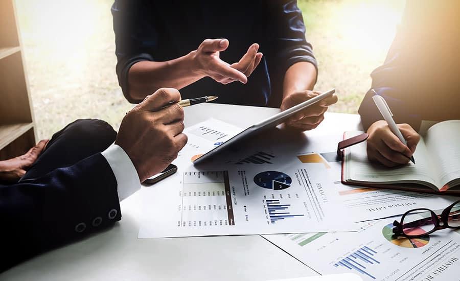 Consultoría de negocios paso esencial para lograr una estrategia efectiva de marketing digital